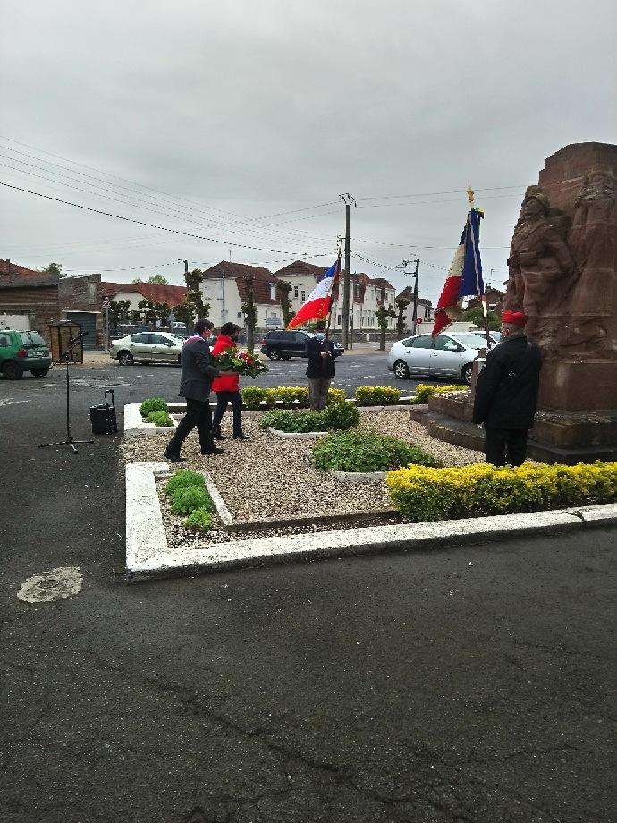 Read more about the article Cérémonie de commémoration du 8 mai 2021